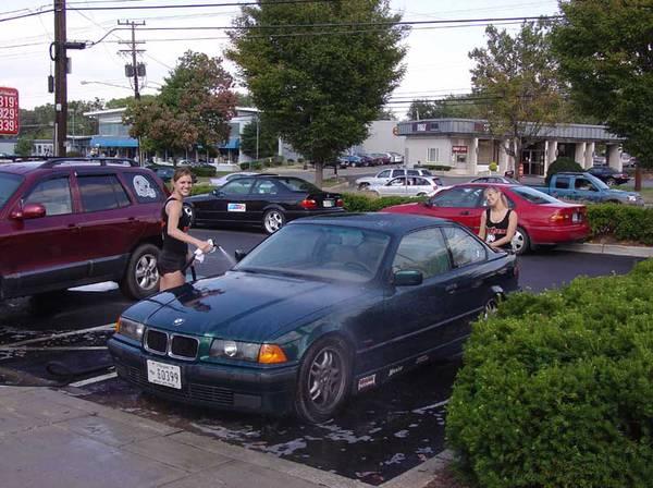 Hooters Charity Carwash 2005